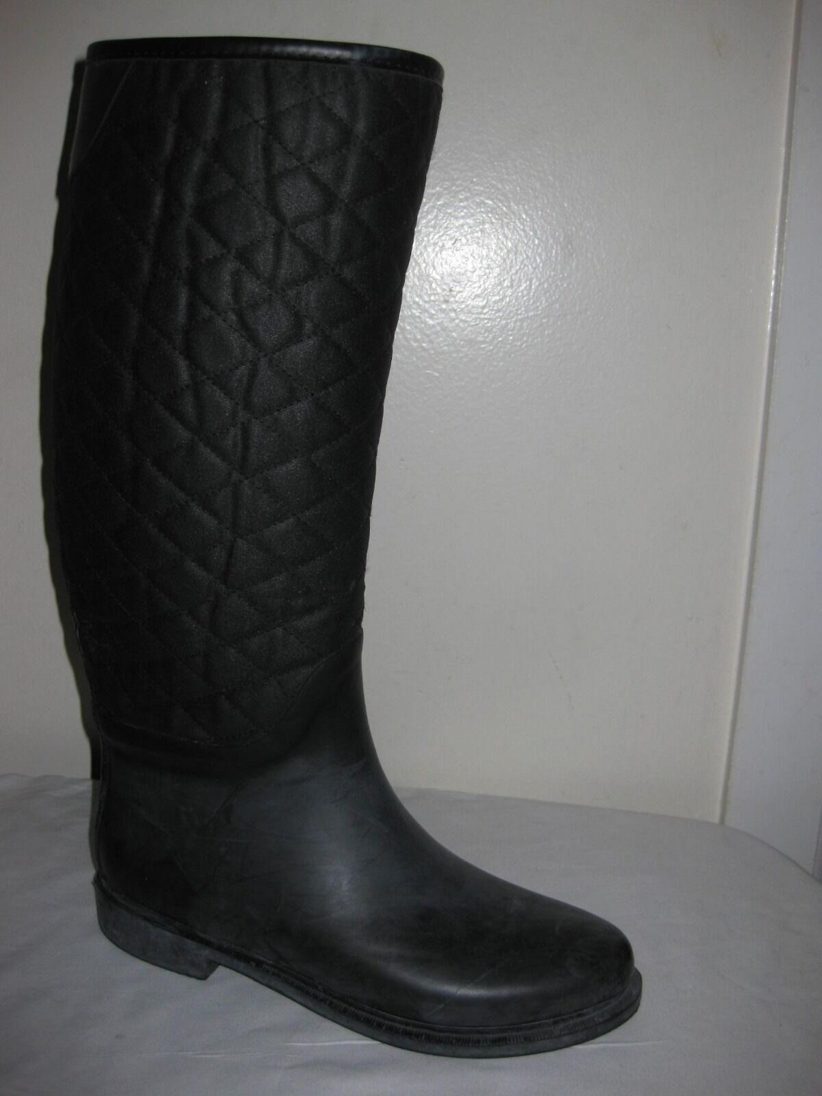 ZARA BASIC  Collection Black Quilted  Rain Boots shoes Size 40 / 9 - 9.5