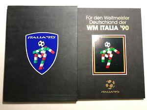 1990-FIFA-Folder-Libro-con-Emissioni-Italia-039-90-Francobollo-Germania-Campione