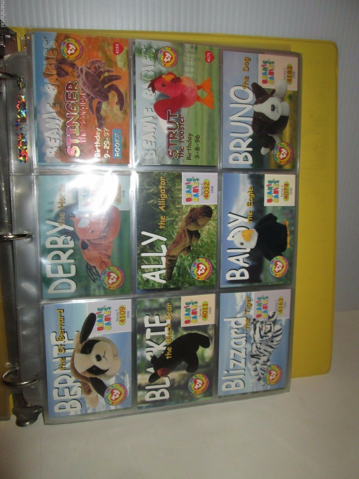 TY BEANIE BABIES OFFICIAL CLUB TRADING CARD BINDER & OVER OVER OVER 100 COLLECTOR CARDS bfbc6d