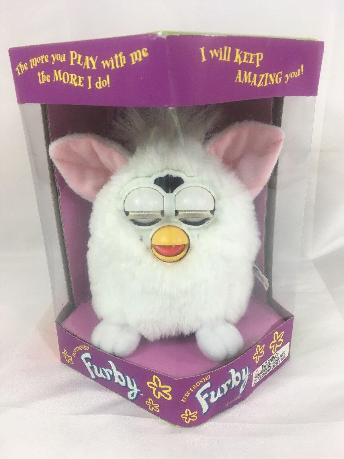 Furby Furby Furby NIB White 70-800 Tiger cc41d4