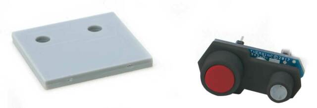 Walthers Layout Control System - Dual Color LED Accessory Fascia Controller