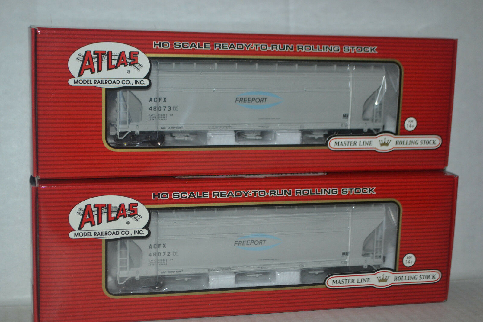 2 Atlas Freeport ACF 4650 Centerflow Hoppers Ho Scale