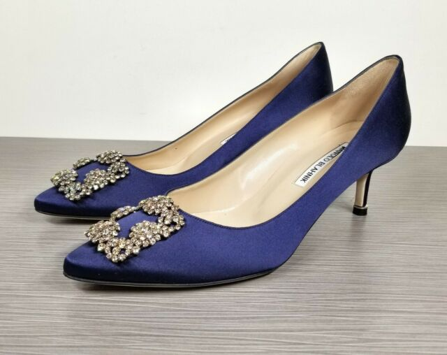 Manolo Blahnik Hangisi Embellished Pump Navy Satin Womens Size 9.5 US / 39.5