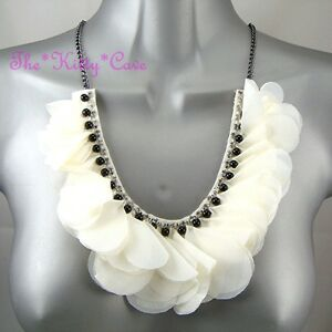 Schick Creme Weiß Rüschen Anstecker Blume Perlenbesetzt Lätzchen Halskette Mit - <span itemprop=availableAtOrFrom>LONDON, United Kingdom</span> - RÜCKGABEN Rückgabegarantie? Falls Sie, warum auch immer, mit einem bei uns erhaltenen Artikel nicht zufrieden sein sollten, können Sie uns diesen zurücksenden. Wir erstatten Ihnen selb - LONDON, United Kingdom