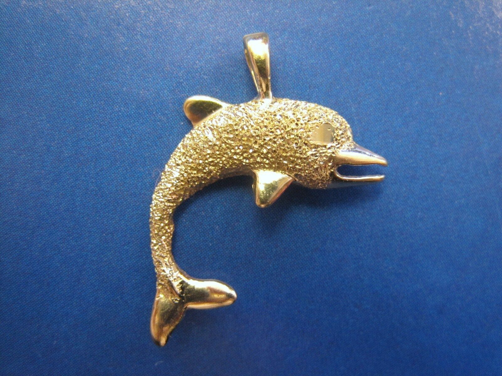 Beautiful Very sparkly texture Medium 14K SOLID gold Dolphin Pendant charm CUTE