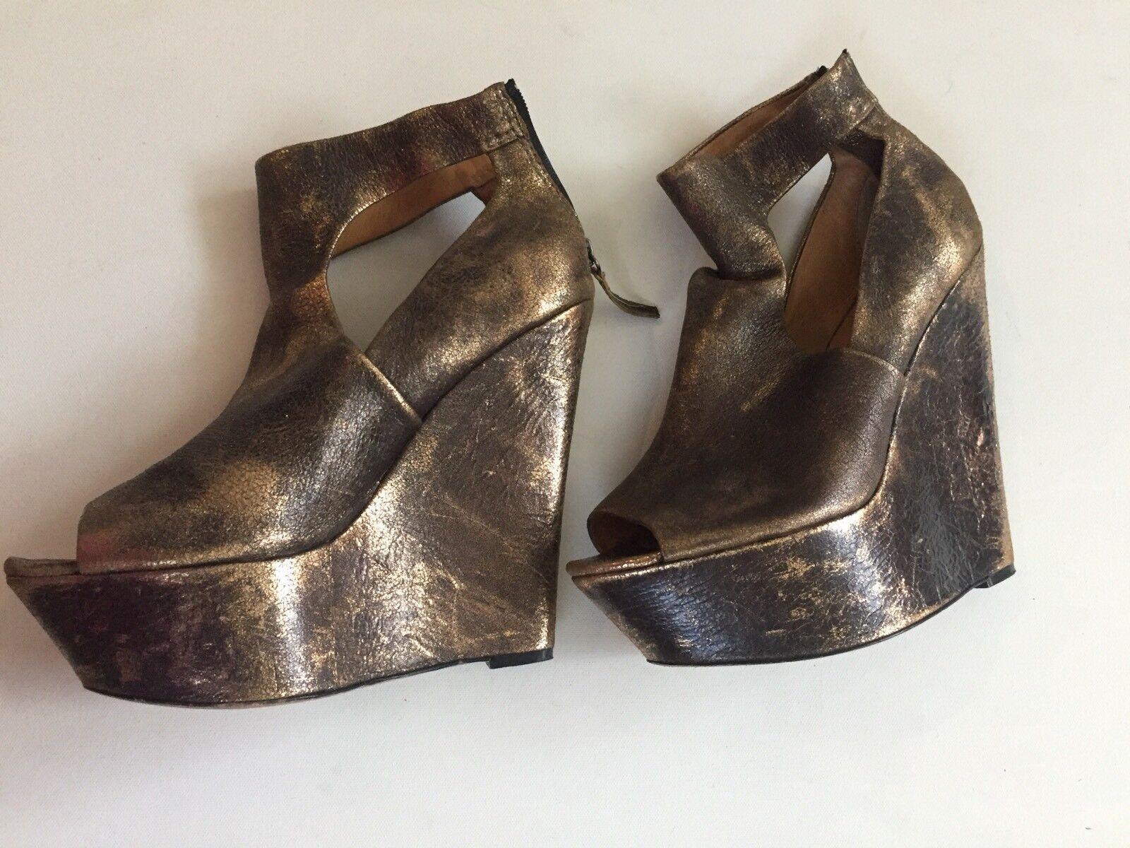 l.a.m.b. Platform wedge gold shoe Damens Größe 10 gwen stefani 6 inch heel