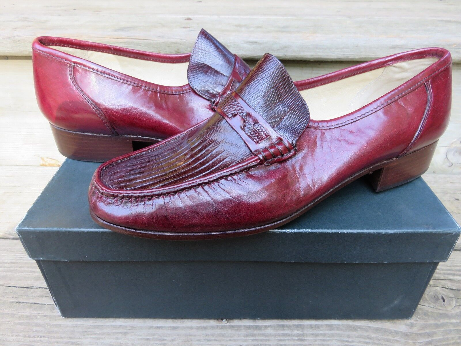 colorways incredibili NEW Nettleton Slip-on Loafer Loafer Loafer Dress scarpe Burgandy Dimensione 10 M MADE IN ITALY NOS  i nuovi stili più caldi