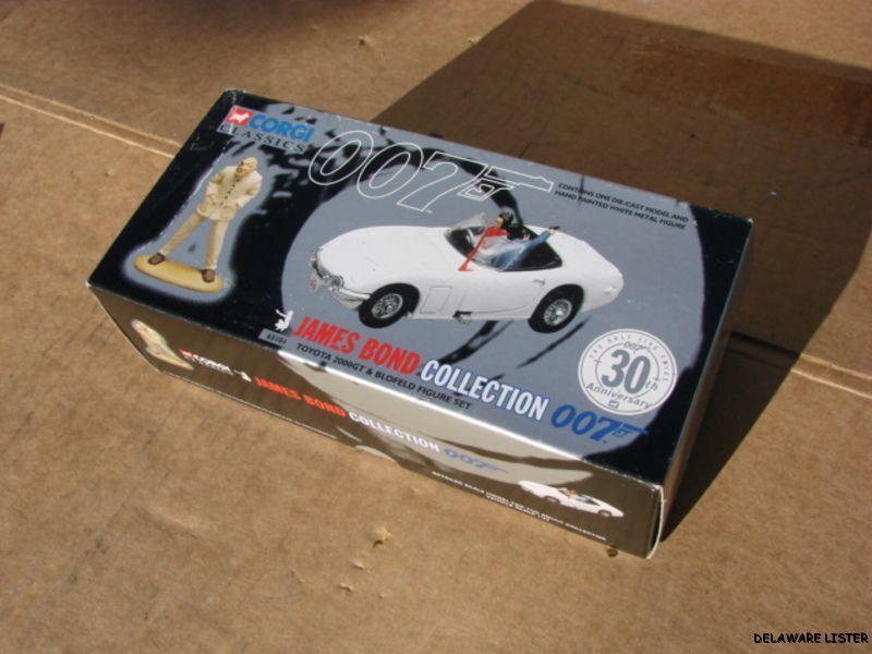 Corgi James Bond 007 Collection Die Cast Toyota 2000GT & Figure Set (New)
