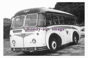 ab0054-Black-amp-White-Coach-Bus-PAD-187-to-Ilfracombe-photograph-6x4