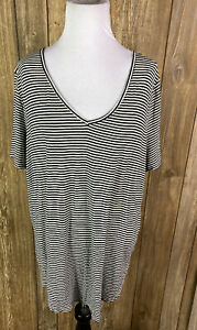 Mudd-Womens-Plus-Black-White-Stripe-T-Shirt-Tunic-Size-1X-V-Neck