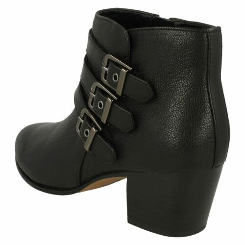 Black Maypearl Clarks Ladies Ankle Fitting Smart Leather Boots Rayna D Heel Mid pwZwStx