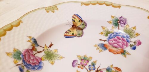 """SPECIAL ORDER HEREND QUEEN VICTORIA RIMMED SOUP BOWL 2001 RARE /""""NO GOLD/"""""""