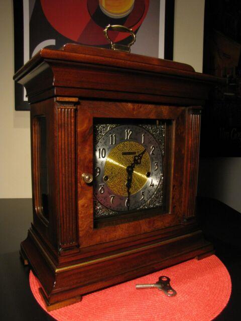 STUNNING VINTAGE HOWARD MILLER TRIPLE CHIME MANTLE CLOCK 8-DAY KEY WIND, WORKS !