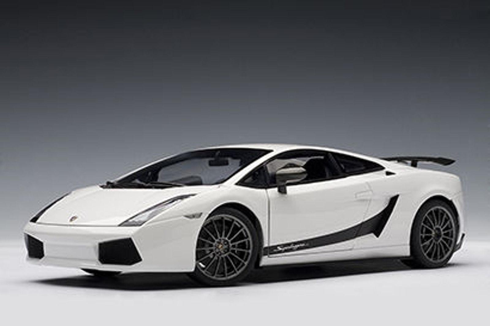1/18 Autoart LAMBORGHINI GALLARDO SUPERLEGGERA Metallic White PREZZO SPECIALE