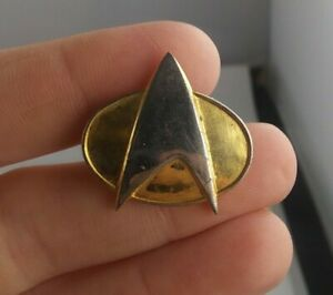 Vtg STAR TREK The Next Generation COMMUNICATOR BADGE 1988 pinback button pin *KK