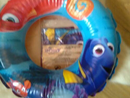 Children/'s Disney dory swim ring