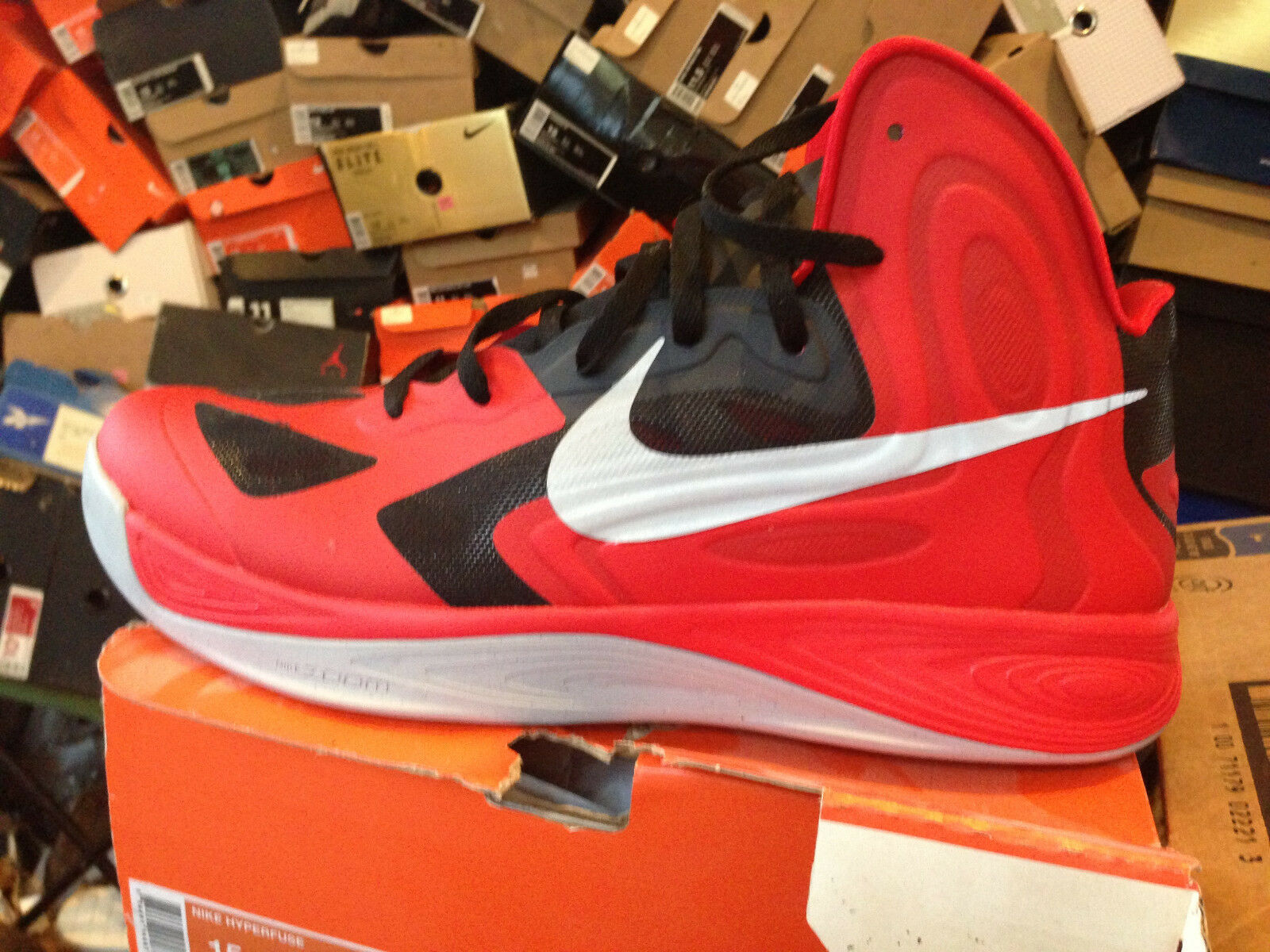 NIKE HYPERFUSE BNIB RED/SIL/BLK SIZE 15