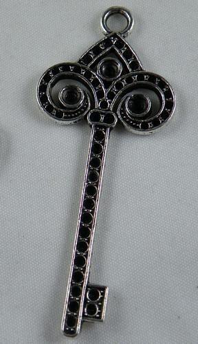 14pcs Tibetan Silver Nice Key Charms Pendants Jewelry DIY 67.5x28x3mm 12634