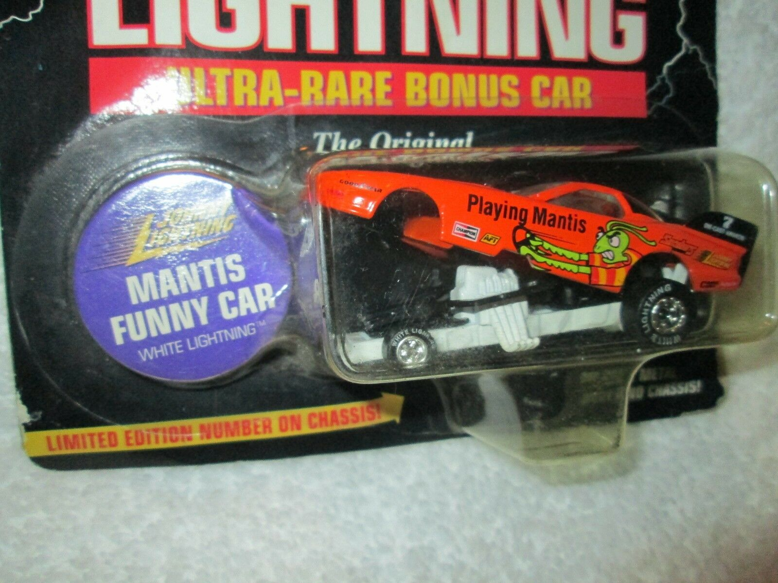 Chase JOHNNY White LIGHTNING playing mantis funny car ultra rare bonus car 1 64