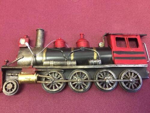 3 Dimensional Steam Engine Train Metal Wall Decor