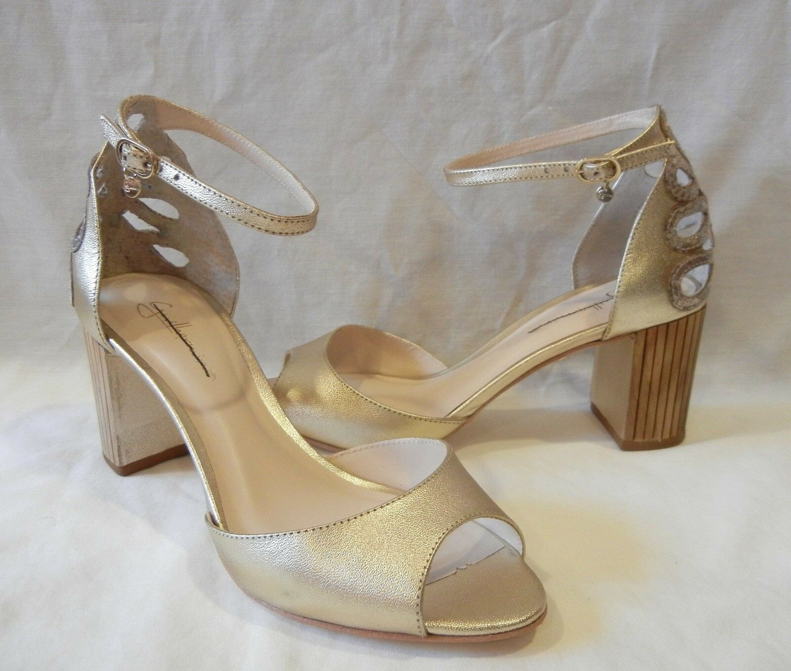 Guilhermina Women's Bechette gold Leather Ankle Strap Heels Retail  140 size 7