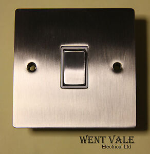 Heritage-Brass-T05-800-SNW-10ax-1-Gang-2-Way-Flat-Plate-Switch-Un-used-in-Box