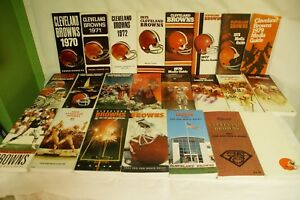RARE-LOT-BY-NFL-CLEVELAND-BROWNS-23-MEDIA-GUIDE-PROGRAM-PRESS-BOOK-FOOTBALL