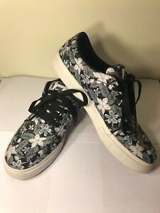 Mens Nike SB Floral Print Skateboarding Shoes  UEC  Black and White ... 9718b962b