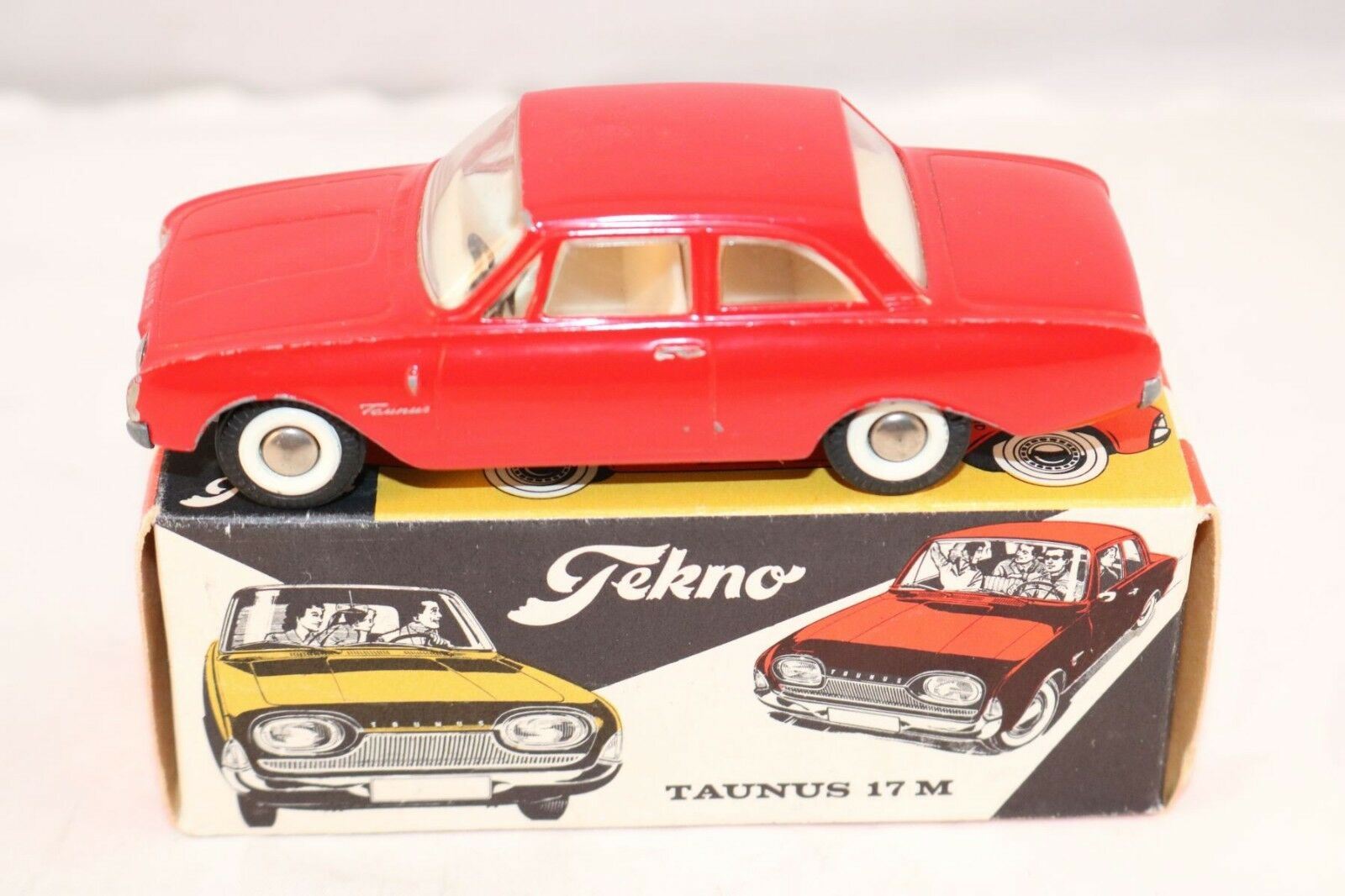 Tekno Denmark 826 Ford Taunus 17 M rouge near mint in box all original condition