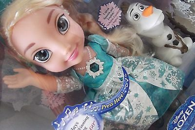 Disney Frozen Snow Glow Singing Elsa Bigger Doll Amp Olaf Ebay