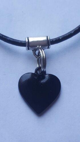 14 in Encanto del corazón negro en 2 mm Negro Cuero Gargantilla Collar de encanto approx. 35.56 cm