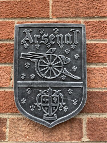STONE GARDEN ARSENAL WALL HANGER PLAQUE ORNAMENT GIFT FOOTBALL