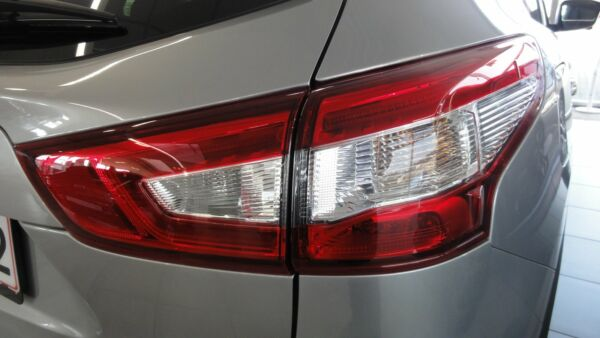 Nissan Qashqai 1,2 Dig-T 115 N-Vision - billede 2
