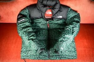 81a55bbf5349 GREEN Supreme X THE NORTH FACE Leopard Down Hood Jacket NUPTSE Size ...