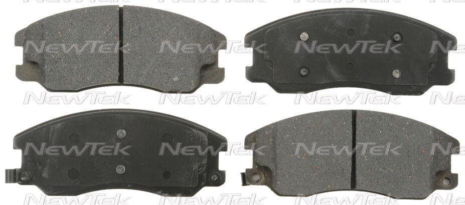 PCD1264 FRONT Premium Ceramic Brake Pads Fits 2007-2009 Chevrolet Equinox