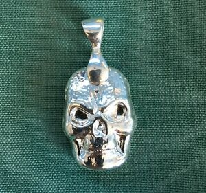 1oz-Hand-Poured-999-Silver-Bullion-Bar-034-Celtic-Skull-034-With-bail-by-YPS