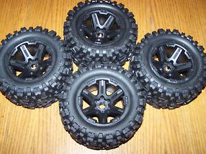 Traxxas-1-10-E-Revo-VXL-2-0-Talon-EXT-Tires-amp-17mm-Black-Wheels-3-3-Revo-E-maxx