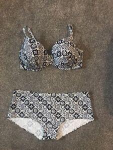 M-amp-S-Bikini-Matching-Set-Top-Size-36-E-Bottoms-Boy-Shorts-Size-16-Free-P-amp-P