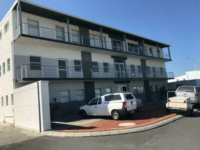 150m² Office To Let in Muizenberg