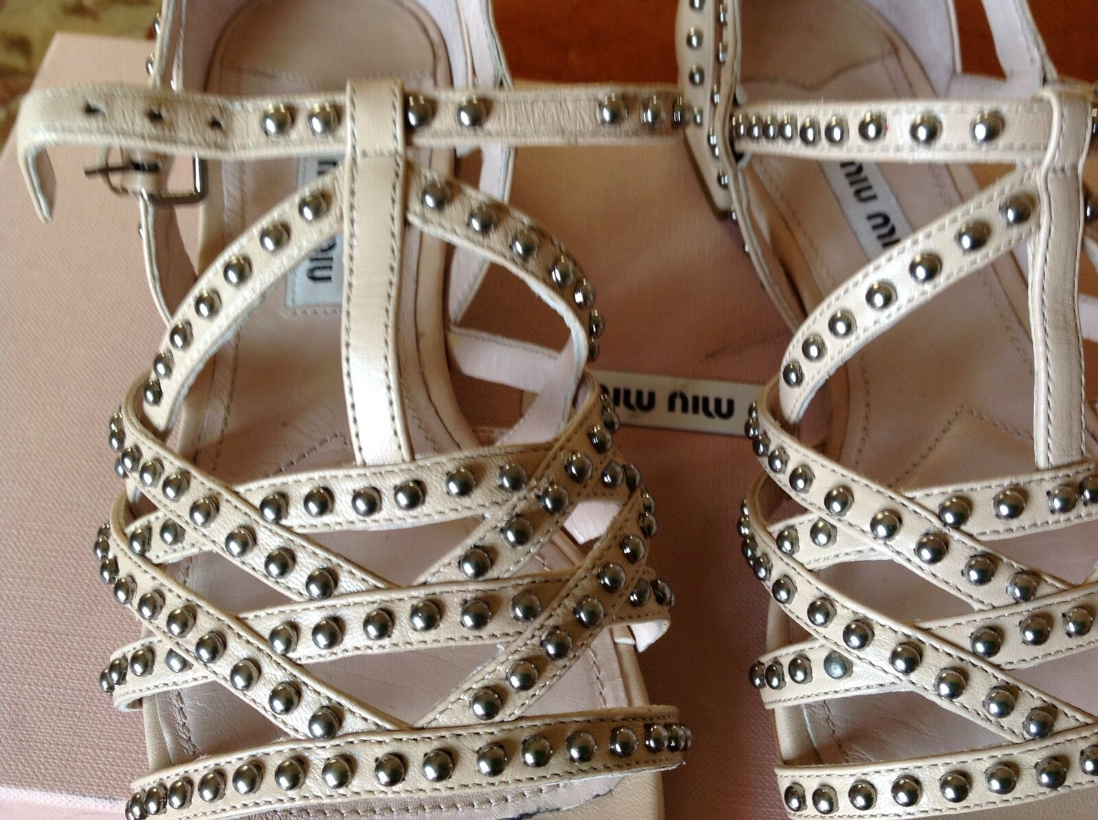 Miu Miu Studded Sandals Sandals Sandals Sz 35.5 939975