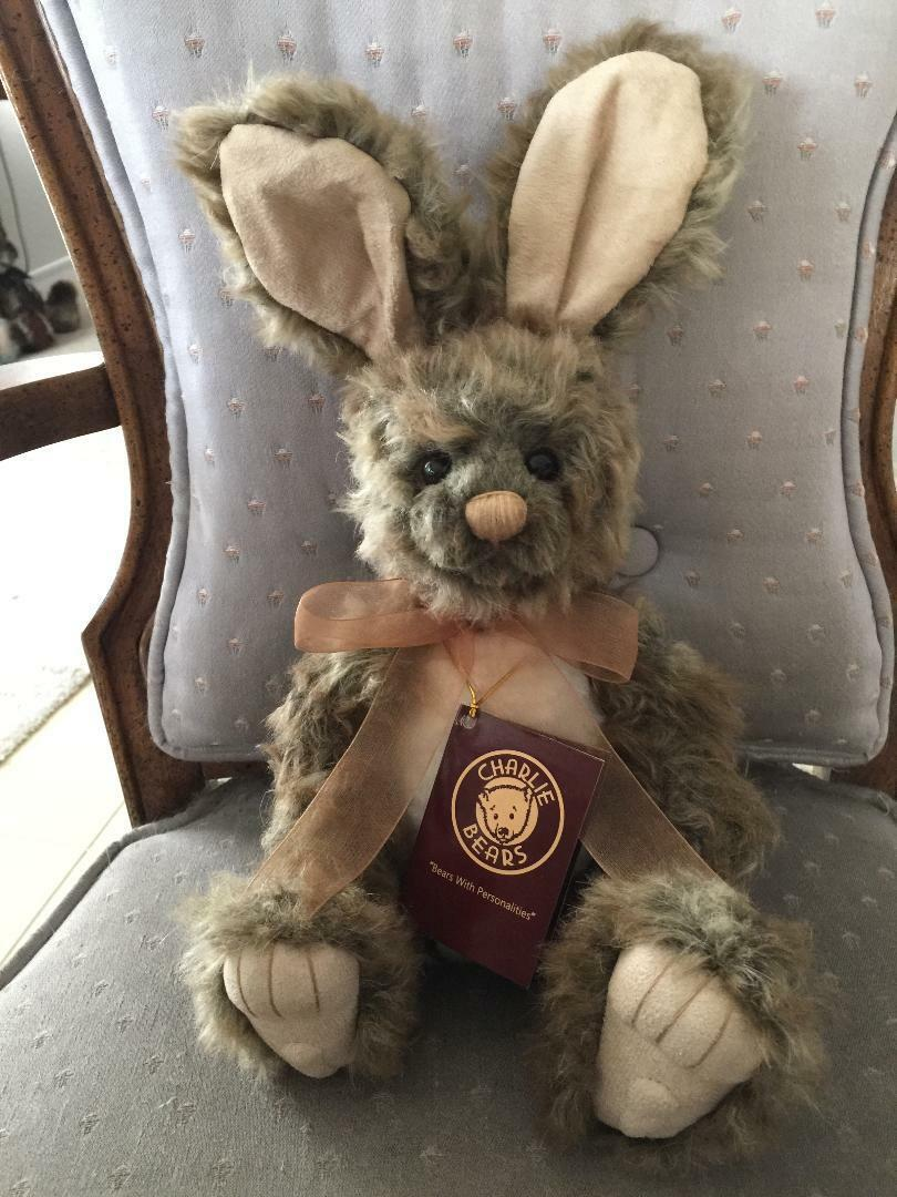 HOP BUNNY CHARLIE BEARS 2018 PLUSH * 12  NEW WITH TAGS