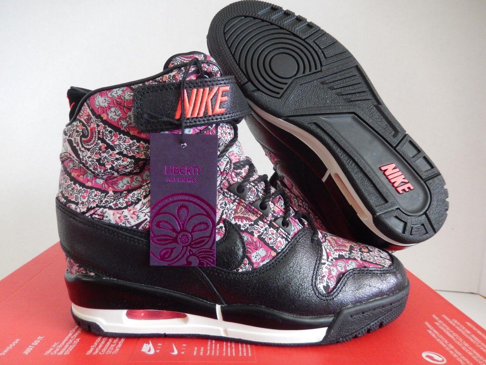 Nike air révolution Sky HI high LIB QS  LIBERTY OF LONDON  TAILLE 8