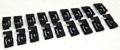 MAZDA CAPELLA RX2 RX3 808 RX4 RX5 323 626 TOP BOTTOM WINDSCREEN TRIM CLIPS 18PCS