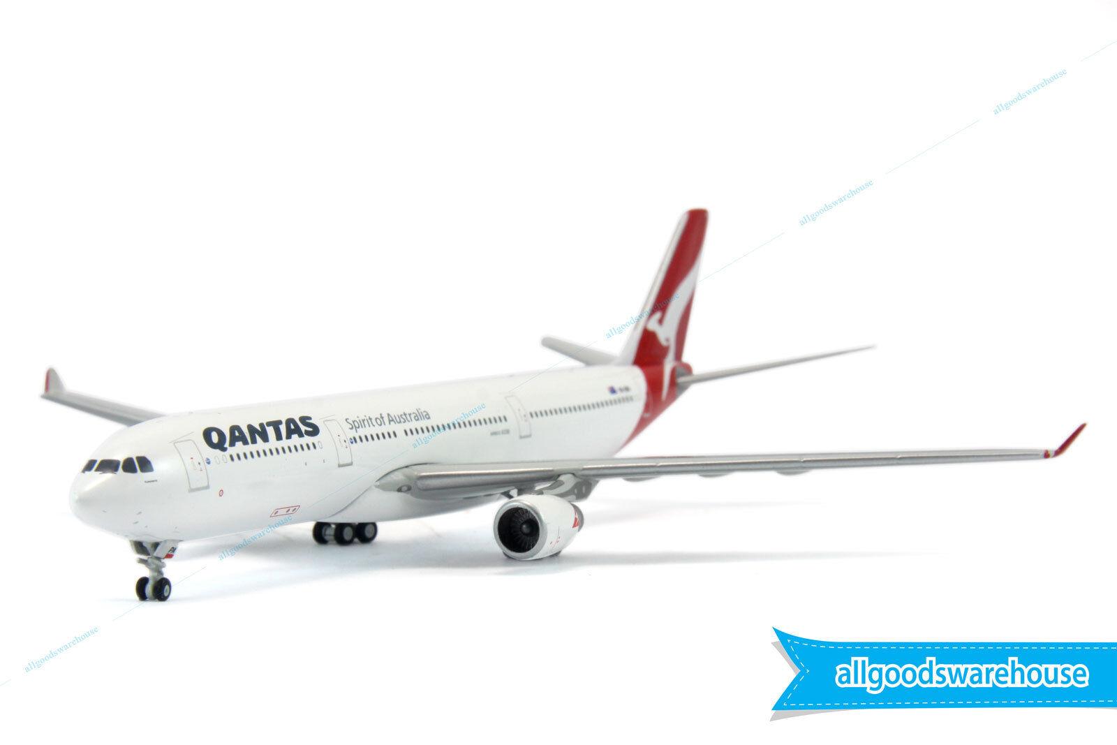 Qantas Airbus A330-300 VH-QPA 1 400 scale die-cast model replica A300 aircraft