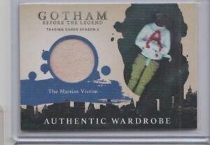 2017 Cryptozoic Gotham Season Two Maniax Victim Wardrobe Trading Card #M10.5
