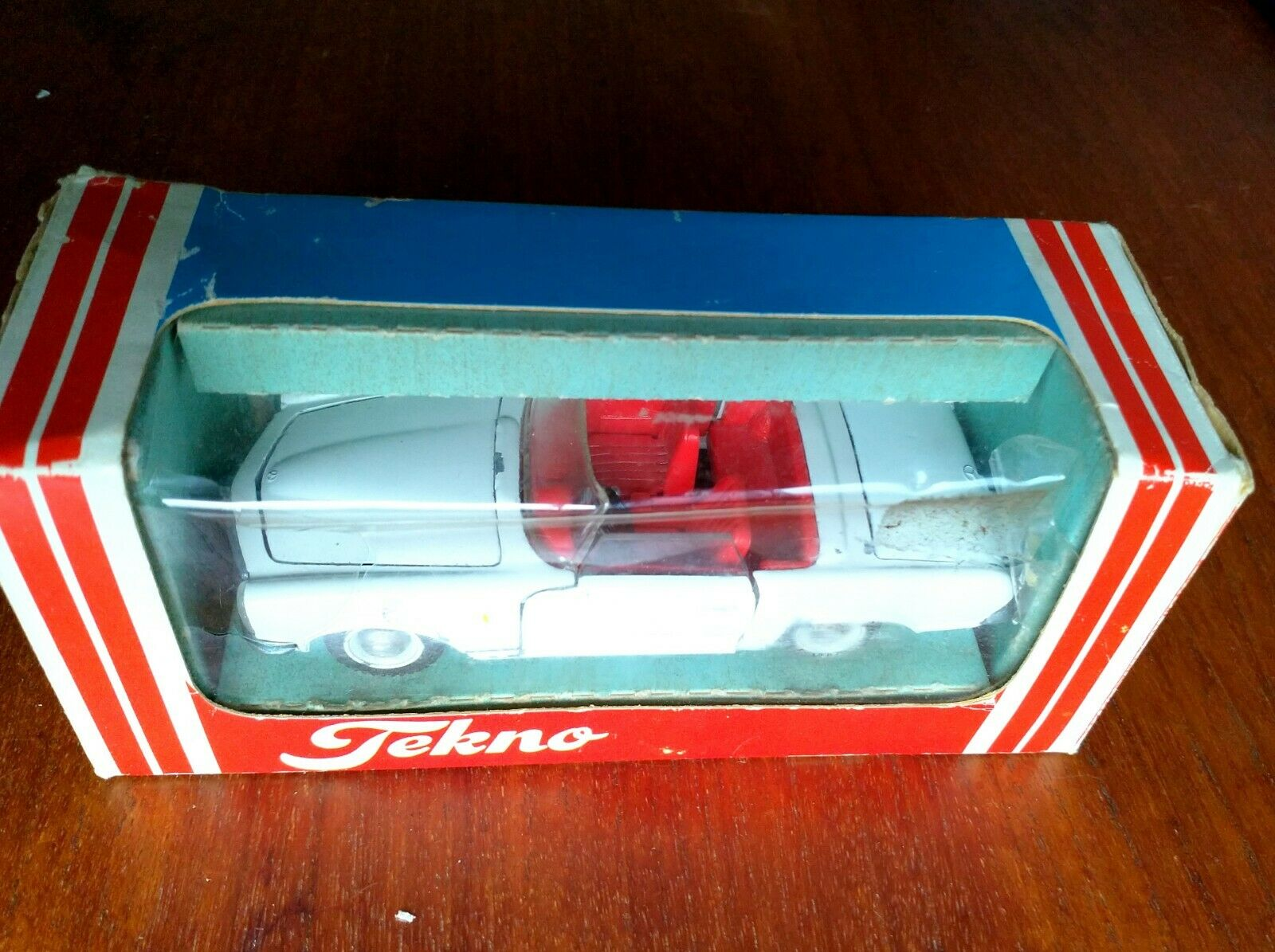 TEKNO   No.928 - Mercedes 280sl Roadster W  Original Box RARETY