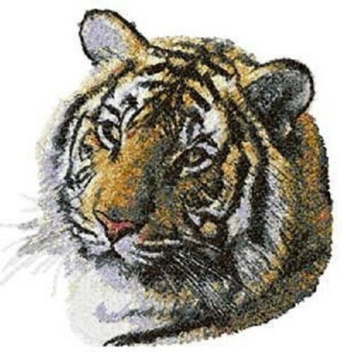 SIBERIAN TIGER SET 2 HAND TOWELS EMBROIDERED NEW BY LAURA