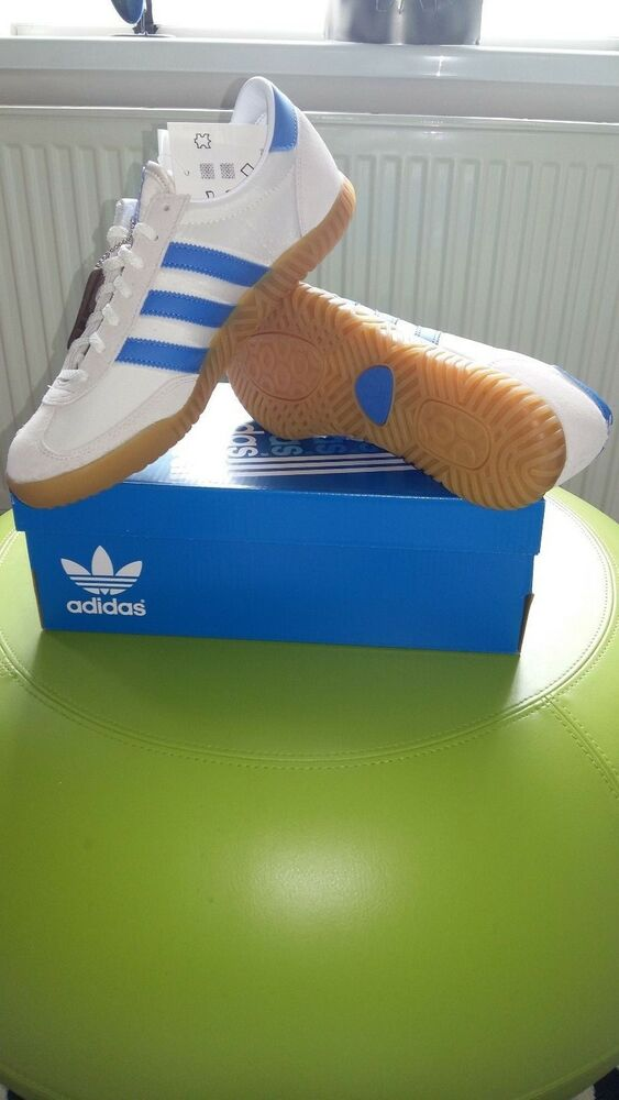 new style a89ce cdae4 Adidas