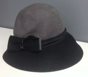 6055ee21a Details about E WERLE Vintage Black And Gray Felted Wool Strap Bow Accent  Cloche Hat B4624