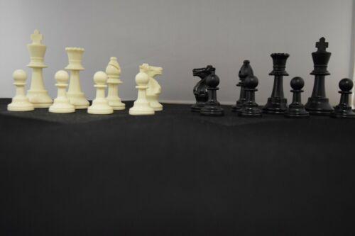 2 FULL SETS BASIC STAUNTON PLASTIC CHESS 64 PIECES BLACK /& WHITE FELT BOTTOM